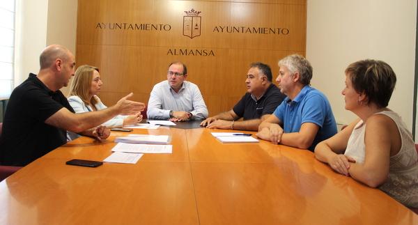 Reunión de seguimiento del Convenio de Colaboración entre el Ayuntamiento y la Confederación Española de Cooperativas de Trabajo Asociado COCETA.